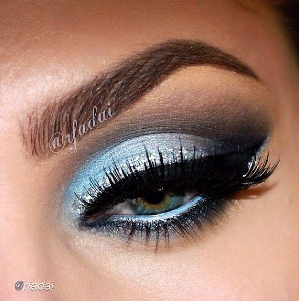 Love e blue eyeliner too