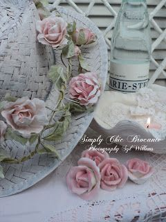 Brocante Simply Chic Living: Enchanted - Capture the imagination of my soul.....
