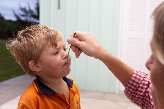 多動性、不注意、衝動性などの症状を特徴とする発達障害の注意欠陥・多動性障害(ADHD)は治療薬にメチルフェニデートという薬を必要とするとされていますが、「ADHDの父」と呼ばれるレオン・アイゼン