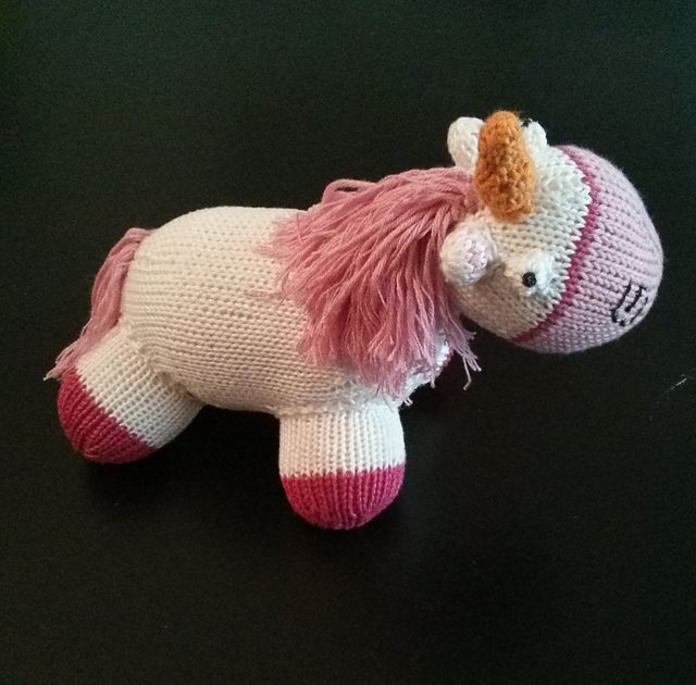 Knit Unicorn Horn Pattern : Best images about knitted toys on pinterest blue tit
