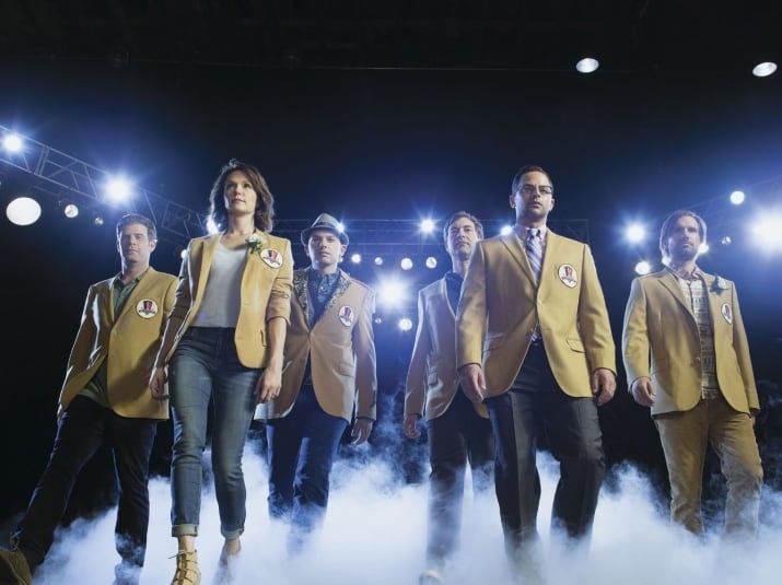 Available on: Netflix UK and USThe League is a show about a group of friends in a fantasy football league. You don't have to be a football fan to enjoy the comedy in this show. —camilat49836fca7