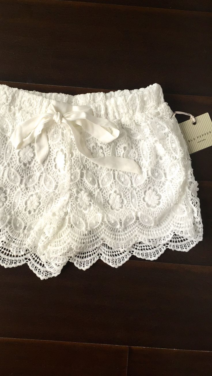 Summer Romance White Lace Shorts
