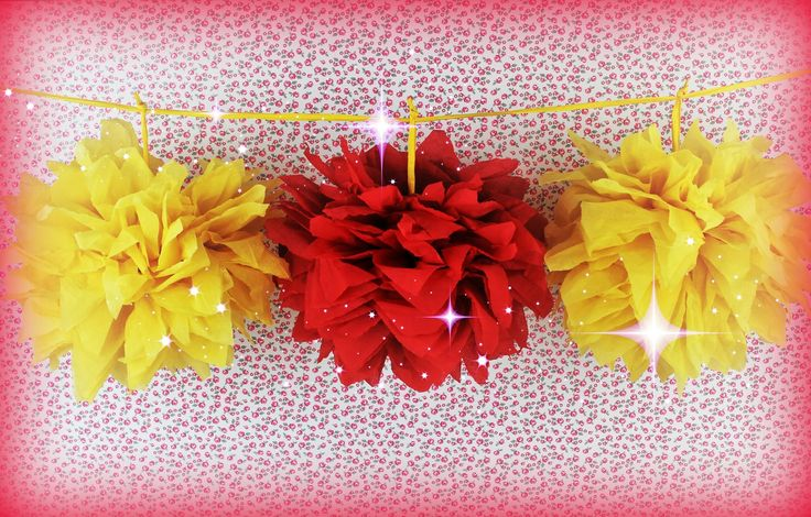 How to make a Pom Pom - Paper decoration with a Pom poms - DIY