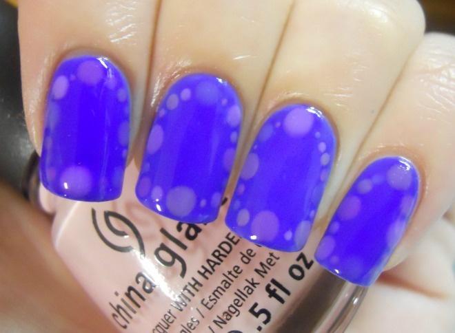 Holy Manicures: Purple Dot Border Nails.