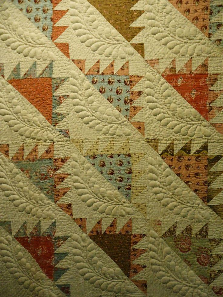 Op vakantie in de herfst van 2013 in   New England (noordoosten van de VS)   kwamen we langs het quiltmuseum in Lowell   en natuurlijk mo...