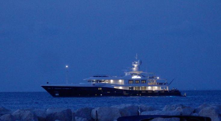 #Superyacht La Familia at anchor in Lacco Ameno #Ischia #yachting #yachtsinischia