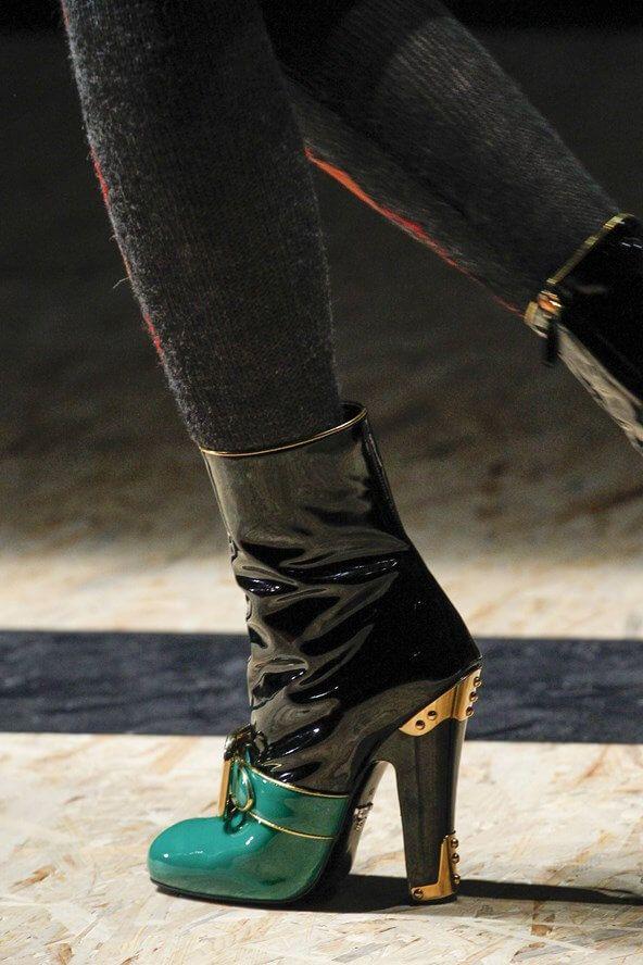 Vogue.co.uk_Prada_Boots_Black_Laque_Lak_Fall Winter 2016 2017_Herfst Winter_Schoenen_Shoes_Trends_FW16_AW16