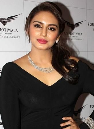 Huma Qureshi Height, Weight, Age, Affairs, Measurements & Much ...