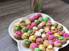 Image result for biskuit gula warna warni