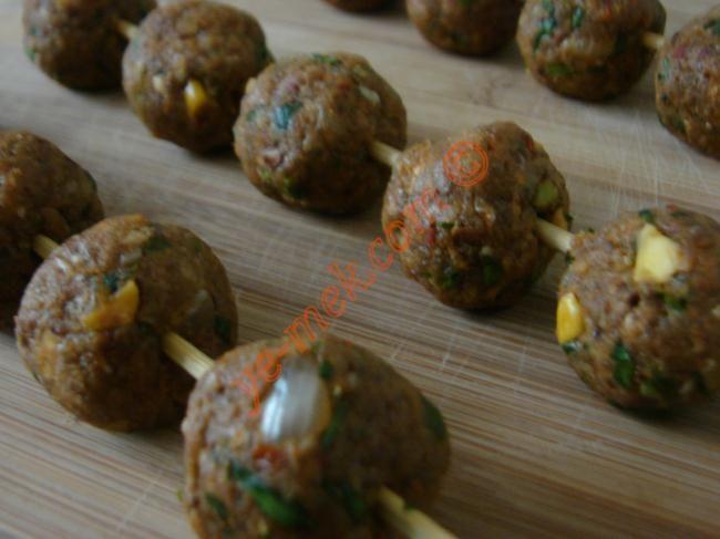 Photo Pistachio Meatballs Needle, Easy and Delicious Recipes Illustrated