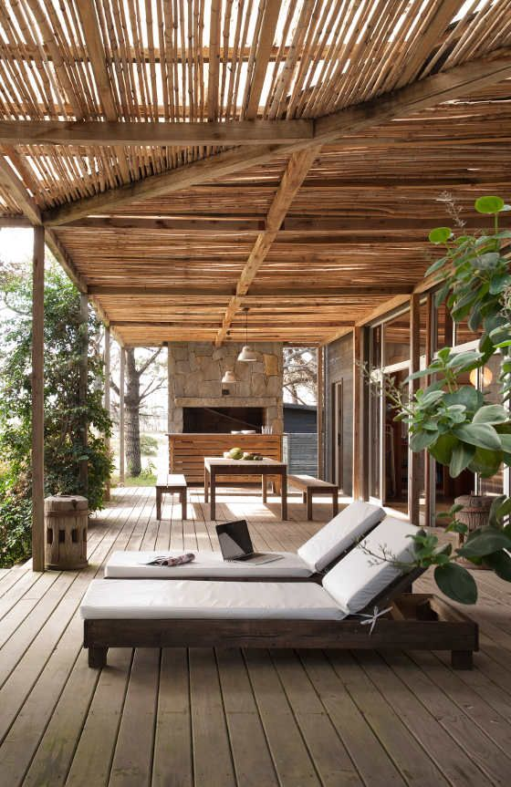 kind of how my outside area will be!  desire to inspire - desiretoinspire.net - Sticks and stones