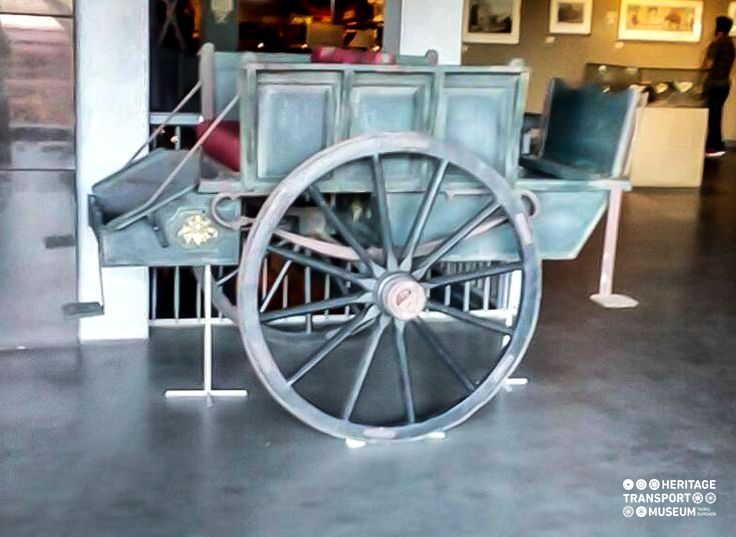 An old horse cart from early 20th century!  #heritagetransportmuseum #incredibleindia #heritage #vintagecollection #horsecart #horsecarriage #gurugram #delhi