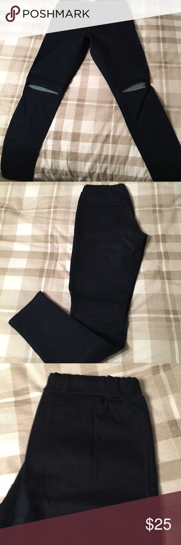 Knee cut jeans These knee cut jeans have an elastic band at the waist with no button or zipper like usual jeans. Thinner jean fabric and a darker wash jean vanilla sky Pants Skinny
