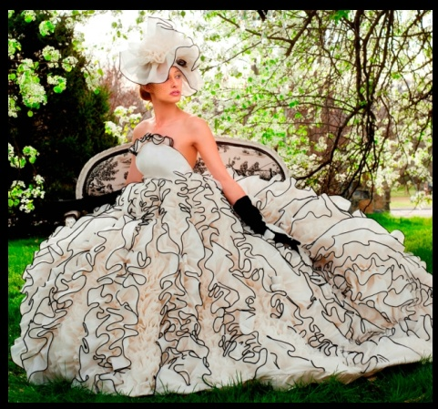 Karen Hendrix Couture 2012 collection. Love the gloves