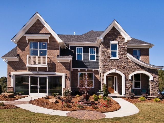 Tucked away in a serene community, Trillium offers gorgeous homes overlooking Lake Norman in Charlotte, North Carolina.   #newhomes #NC #lakehomes