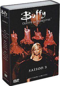 1ère partie de la saison 2 en 3 DVD : Un couple de vampires, Drusilla et Spike, arrive à Sunnydale et prend rapidement la tête des vampires de la ville. Spike essaie plusieurs fois de tuer Buffy Summers mais échoue à chaque fois, alors que de son côté, Buffy noue une relation amoureuse avec Angel. Une nouvelle tueuse de vampires, Kendra Young, fait son apparition, ayant été activée après la mort de Buffy dans Le Manuscrit.