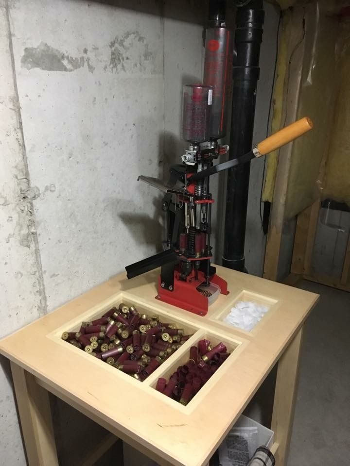 Pin By John Richardson On Reloading Rooms And Benches