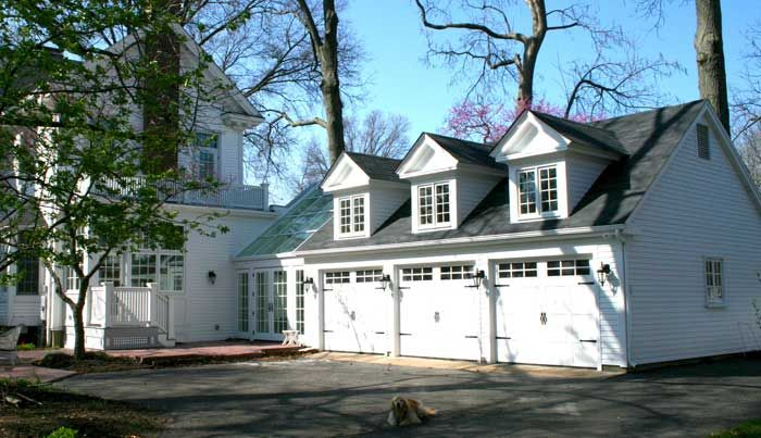 17 best images about 1929 home renovation on pinterest for Homes with three car garages