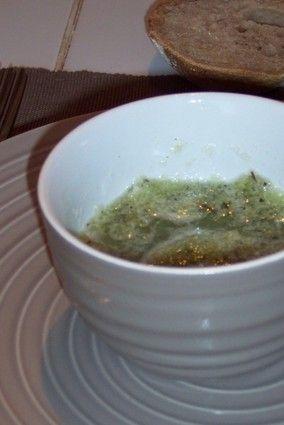 Gaspacho de concombre à la menthe forte