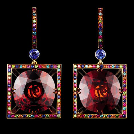 CARNIVAL SUMMER VENICE EARRINGS 18K yellow gold 2 red garnets 31,85-31,95 ct 24 ocean diamonds 0,14-0,18 ct 34 emerald diamonds 0,22-0,27 ct 26 cognac diamonds 0,16-0,21 ct 22 purple diamonds 0,13-0,18 ct 38 sapphires 0,79-0,84 ct 36 rubies 0,26-0,31 ct