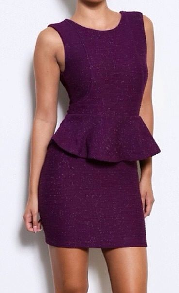 Chapter 1: The purple dress Ana was wearing on her first day on the job!
