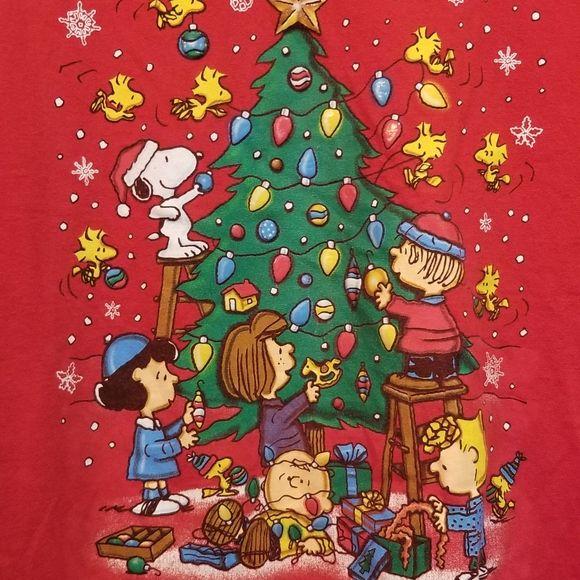 Peanuts Christmas Wallpaper Peanuts Christmas Christmas Wallpaper Snoopy Christmas