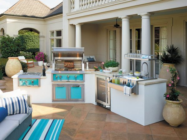 Hestan Built In Grills Perfect The Patio With Heavy Duty Performance And Thoughtful Design Earning Vesta Awar Outdoor Kitchen Backyard Kitchen Outdoor Cooking