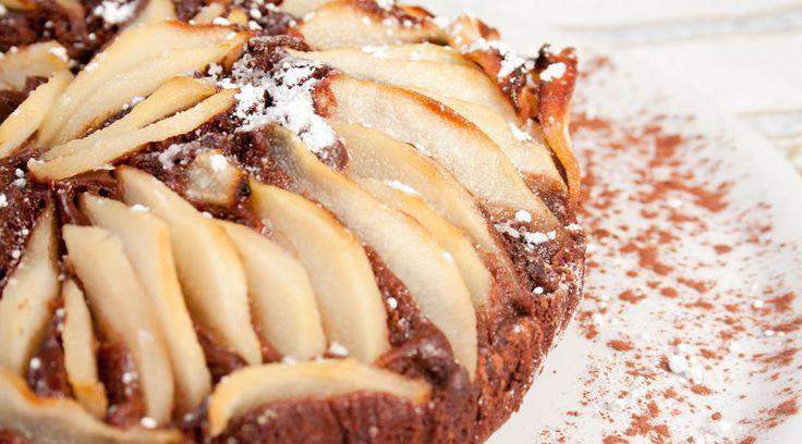 Torta pere e cioccolato: ecco la ricetta per un dolce dal basso contenuto di colesterolo, ma dal sapore unico!