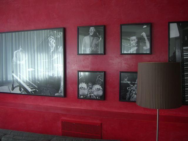 A Copenhagen l'hotel Skt Petri ha scelto Spatula Stuhhi per rivestire i suoi spazi comuni e dar loro un vero tocco di Classe. Tutto il mondo è paese...Spatula Stuhhi in tutto il mondo! #spatulastuhhi #decoration #interiors #design