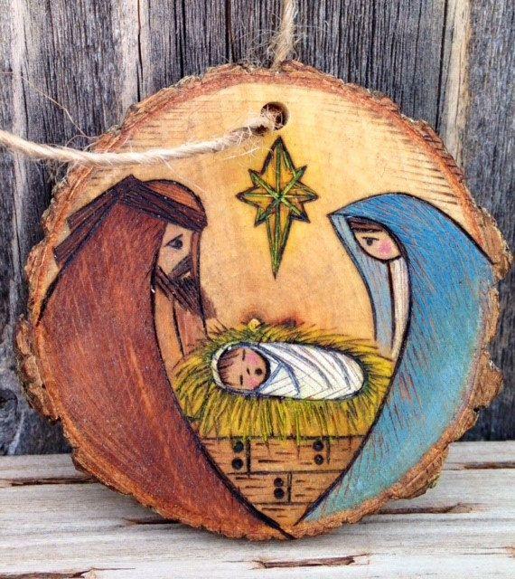 Rodaja madera adorno por littlesisterscrafts en Etsy                                                                                                                                                                                 Más