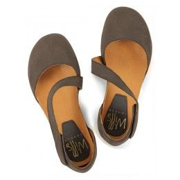 Womens footbed sandals in earth by Wills London