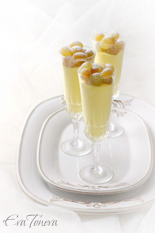 MOUSSE DE VINO BLANCO (White wine mousse) #RecetasDulces