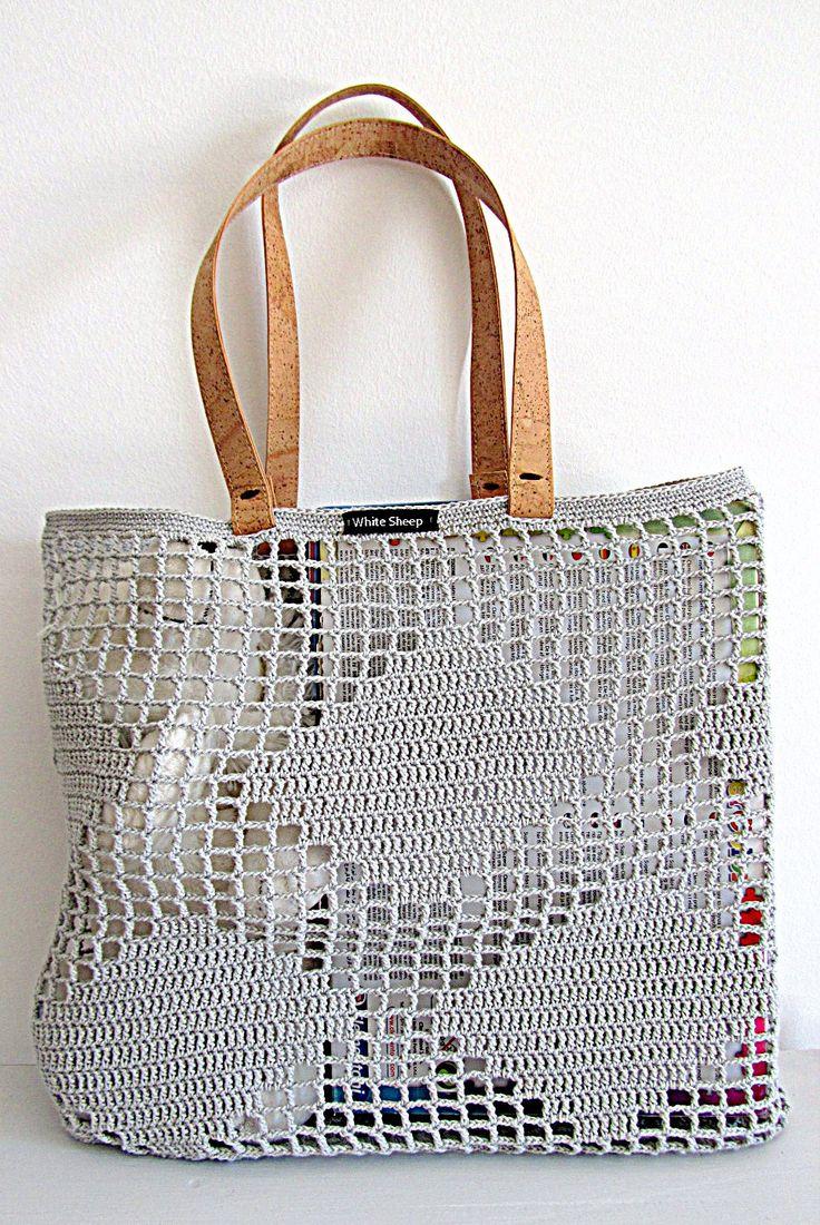 Light Grey Market Bag by White Sheep; Handmade with shoulder handles made with skin cork! Unique design by White Sheep. https://www.facebook.com/WhiteSheepblog