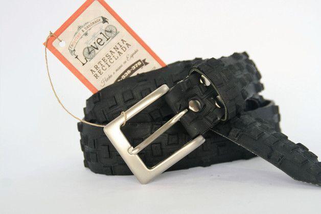 Otros - Cinturon de neumatico reciclado de bicicleta - hecho a mano por LoveloStore en DaWanda