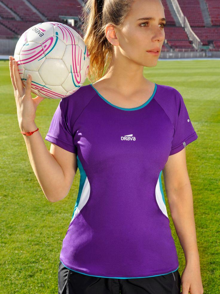 Camiseta Fast morada Encuéntrala en www.drava.cl y #pontedrava
