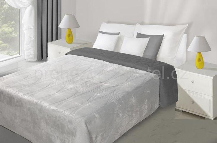 Prošívané stříbrno šedé přehozy na postel oboustranné