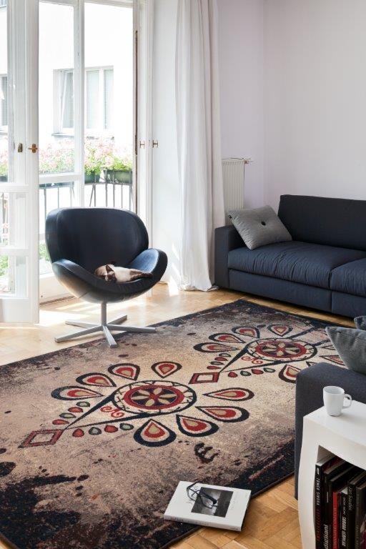 Dywan Parzenica firmy Agnella do dostania w Arte / Carpet Parzenica from Agnella you can buy in Arte store - nice inspiration of polish folk designs.