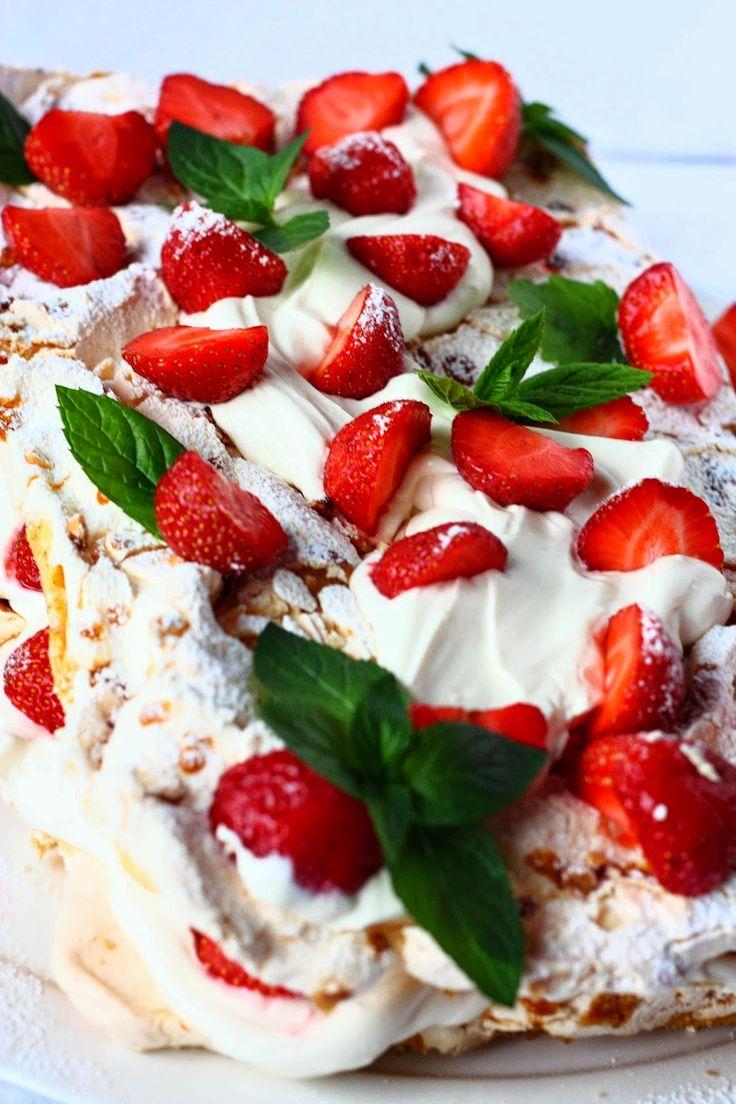 Suklaapossu: Mansikkainen Brita-kakku