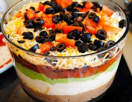 Deep Seven Layer Dip: Seven Layer Dip, Yummy Food, Vi Recipes, Dips Vi, Super Bowls, Seven Layered Dips, Dips Recipes, Green Onions, Parties Food