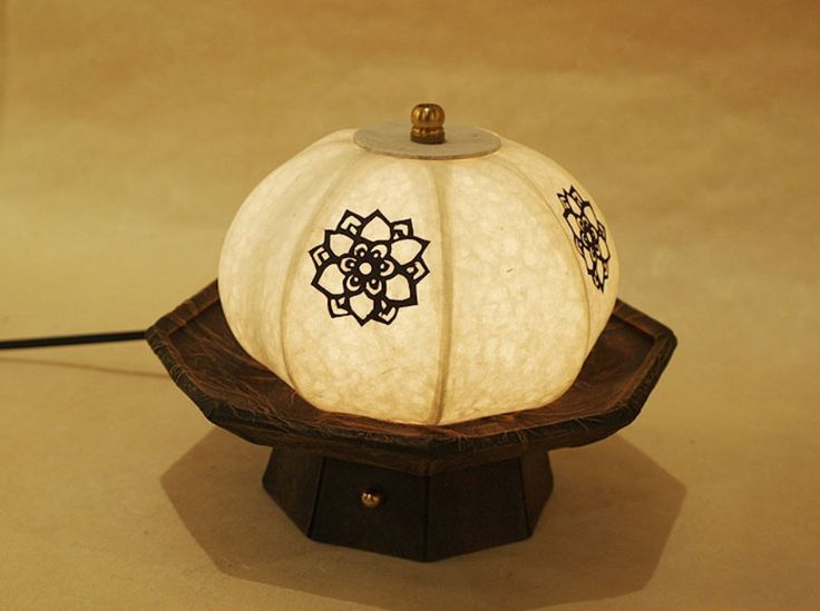 #Korea #Antique #LivingRoom #Bedroom #Interior #Design #Decor #PaperLantern #Stand #Lamp #Pumpkin #DURICRAFT