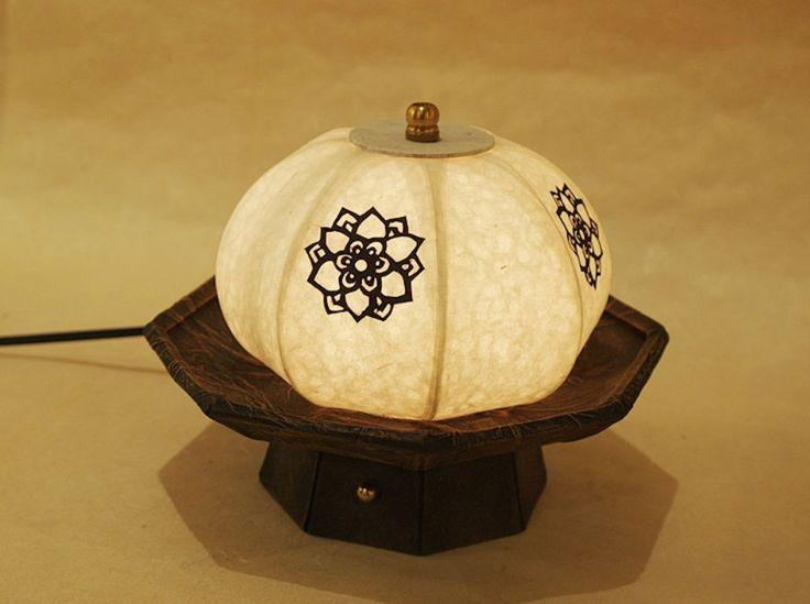 #Korea #Antique #LivingRoom #Bedroom #Interior #Design #Decor #PaperLantern #Stand #Lamp #Pumpkin #DURICRAFT