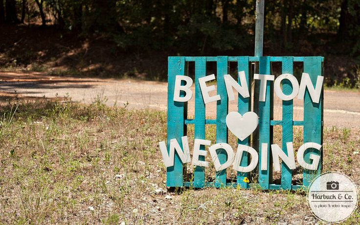 Amazing rustic Wedding Sign - DIY Wedding. Country Wedding #barn