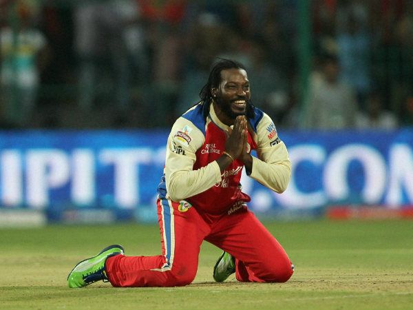 The one and only Chris Gayle begging for lbw