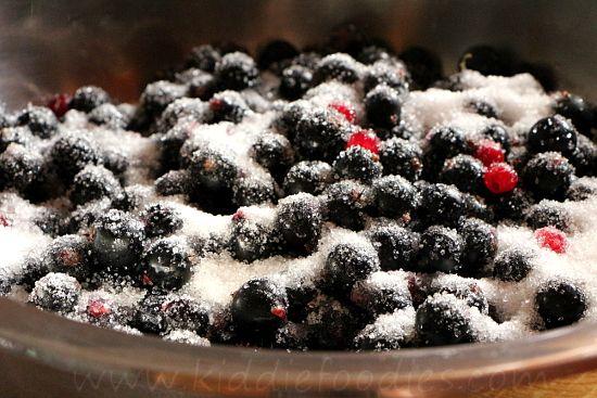 Homemade Blackcurrant Jam recipe step2