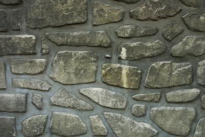 How to Make Fake Rocks Using Expandable Spray Foam