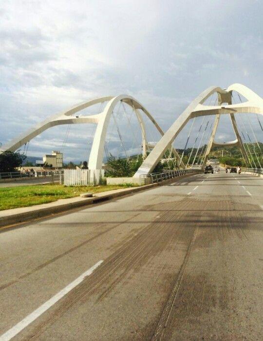 Puente en Giron. Santander. #EasyFly conecta #Colombia desde y hacia #Bucaramanga más en www.easyfly.com.co/Vuelos/Tiquetes/vuelos-desde-bucaramanga