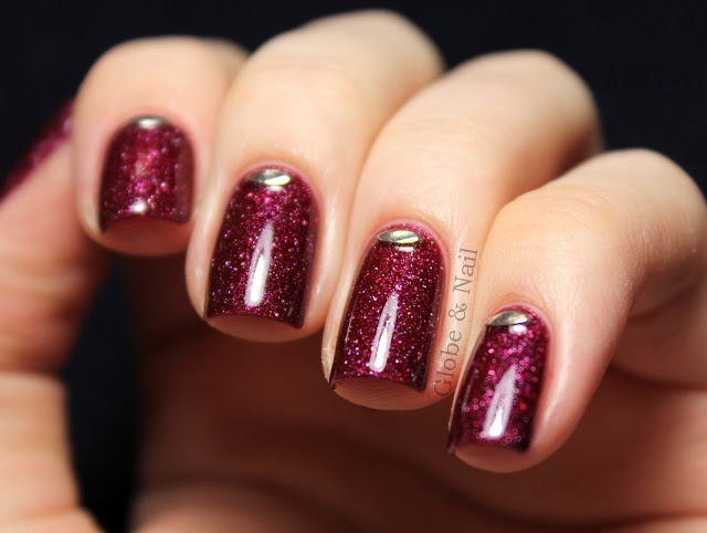 piCture pOlish Monroe with studs mani creation by Globe & Nail! So beautiful
