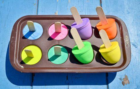 homamade diy chalk pops  fabriques des craies pops avec du plâtre de paris... Très cool comme idée DIY