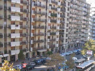 Palermo: in fiamme centro benessere in viale Strasburgo - See more at: http://www.resapubblica.it/it/cronaca/3081-palermo-in-fiamme-centro-benessere-in-viale-strasburgo#sthash.WUT4OwwD.dpuf