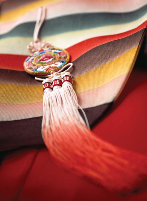 Korean traditional ornaments worn by women(norigae, 노리개)